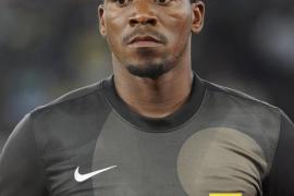 Matan de un disparo al portero de la selección sudafricana
