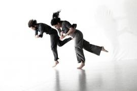 La danza contemporánea nos acerca a 'Lowland'