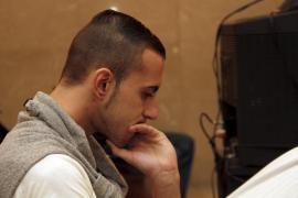 El joven condenado por matar a su madre pagará una multa por fingir un secuestro