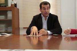 PSIB y MÉS cargan contra Company por el «besito» para Pilar Costa