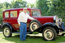 Matías Rebassa y su Chevrolet de 1932