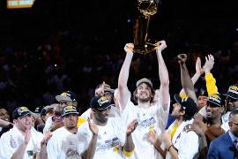 Pau Gasol gana su segundo anillo con los Lakers