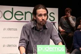 Podemos, por delante de PP y PSOE, según un sondeo