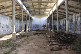 La familia Morató, dispuesta a permutar por solares municipales la fábrica de tapices