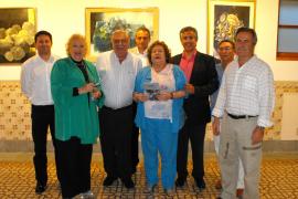 Can Prunera recibe la personal y colorista pintura de Pau Lluís Fornés