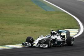 Rosberg logra la 'pole' en Interlagos y Alonso saldrá octavo