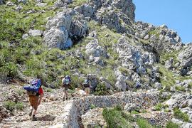 Una patrulla medioambiental vigilará a los senderistas en la Ruta de Pedra en Sec
