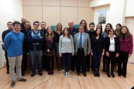 14 estudiantes realizan prácticas de traducción en las comisarías de Mallorca