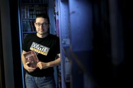 El escritor y editor Vicente García se pasa al terror con 'La herencia de Hosting'