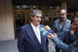 Valdivia presenta una demanda contra Cerdà por presunta falsedad documental
