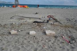 Denuncian la mala imagen de la playa de Son Bauló tras el desmonte del chiringuito