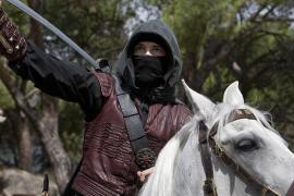 Globomedia desmiente que el caballo muerto por desnutrición fuese el de Águila Roja