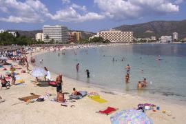 Calviá tramita ante Turisme su petición para declarar Peguera zona madura