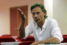 Karpin:«Mi destitución estaba decidida y sólo me salvó el resultado del Alavés»