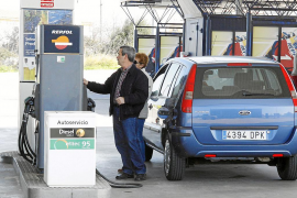 El Govern analizará por sorpresa la calidad de los carburantes en Balears