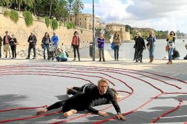 Amnistía Internacional recurre a la danza para alertar de la crisis siria