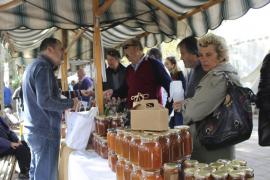 Las mil posibilidades de la miel, en una feria