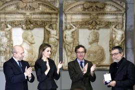 Jaume Plensa recibe el Premio Velázquez 2013 de manos de la reina Letizia