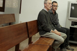 El STEI denuncia un «montaje judicial» contra Pich y Abela
