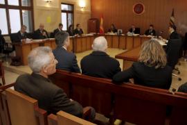 Bartomeu Vicens guarda silencio en el juicio contra cuatro abogados