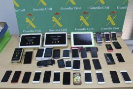 Detenidos dos peristas de sa Pobla con 40 móviles robados