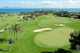 China  prepara paquetes turísticos de golf  para  jugar en campos de Mallorca