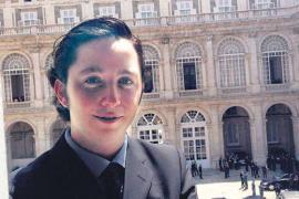 La Policía detuvo al 'pequeño Nicolás' tras las denuncias de Moncloa y CNI