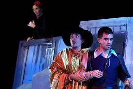 Factoría Teatro representa la comedia de enredos 'La discreta enamorada'