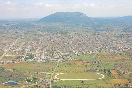 El Consistorio de Llucmajor aprueba declarar el municipio zona de gran afluencia turística