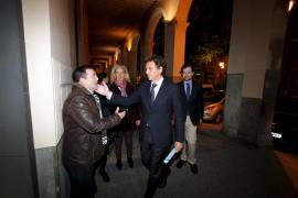 Isern y Rodríguez firman la paz