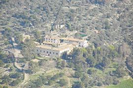 La propiedad de Solleric pide desviar el Camí dels Tossals a su paso por las casas