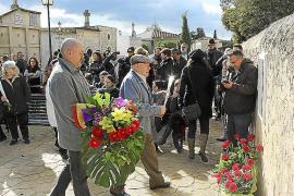 Rosas y espinas para los asesinados en el 36
