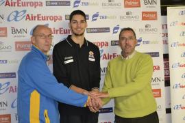 Adrián Casas llega al Air Europa