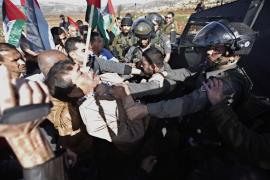 Muere un ministro palestino durante una carga del ejército israelí