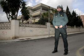 Un guardia civil arriesga su vida para salvar a una suicida