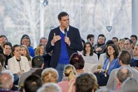 Sánchez se avergüenza del Gobierno y pide a Rajoy que se deje de historias