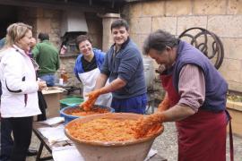 La Confraria de Tastavins celebra sus tradicionales 'matances'