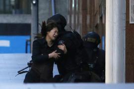Un supuesto islamista captura a decenas de rehenes en Sidney