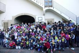 La campaña 'Por cada mina una flor' visita el Colegio de Sant Bonaventura de Llucmajor