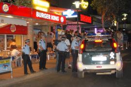 Calvià prohibirá beber en las calles de Magaluf y vender excursiones etílicas