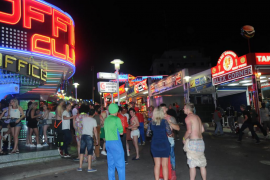 Las patronales de Magaluf critican su exclusión del anuncio de las medidas antialcohol