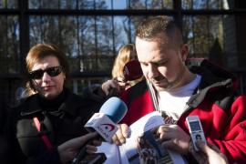 Romero rompe a llorar pidiendo que cambien los protocolos de ébola con animales