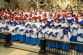 Los Blauets de Lluc y los Vermells de la Seu, en el Concert de Nadal de Sa Nostra