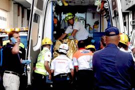 Un hombre de 79 años,  crítico al incendiarse su casa en Palma