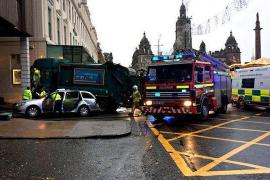 Un camión de basuras arrolla a un grupo de viandantes provocando 6 muertes