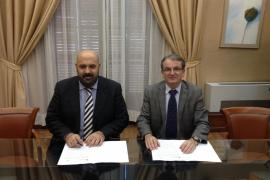 EL Govern y Selva firman el convenio para mejorar las vías cicloturísticas