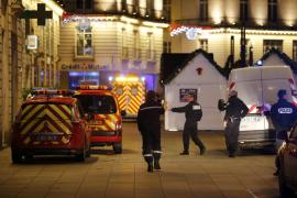 Una furgoneta deja diez heridos tras lanzarse contra la gente en un mercadillo