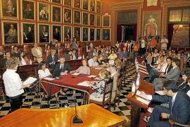 Cort no subirá los impuestos ni los precios públicos en 2011