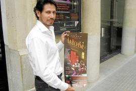 Ricardo Bernal: «'La Bohème' es mi ópera favorita porque busca la felicidad a través del arte»