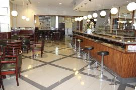 Los 79 años del café Mercantil de Inca salen a la venta y el local afronta un futuro incierto